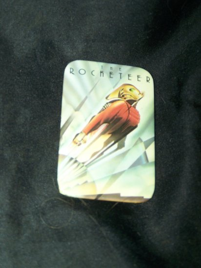 ROCKETEER Sci-Fi Movie Promo Pinback Pin Button Badge