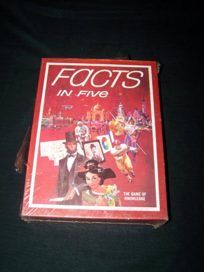 Vintage FACTS IN FIVE Avalon Hill Bookshelf Game NEW