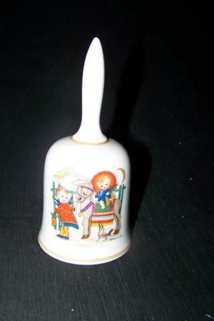 Vintage 1975 HUMMEL Porcelain CHRISTMAS BELL Schmid Bro