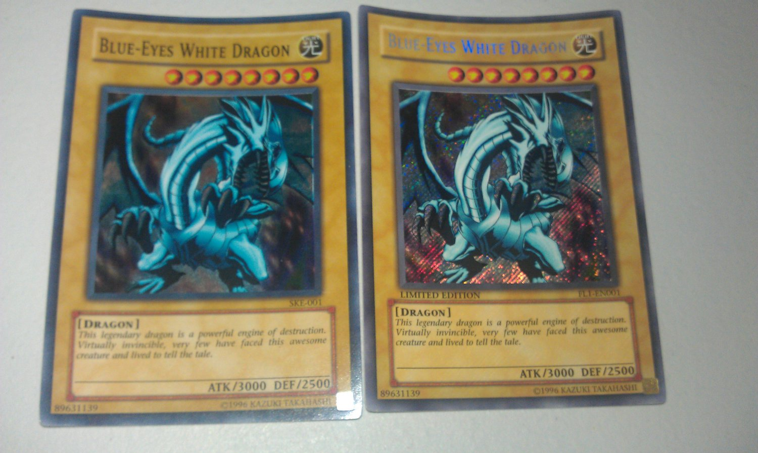 Blue Eyes White Dragon Limited Edition y Regular Brillante!