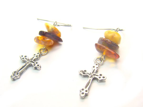 EA1428 Amber wt Cross Earrings