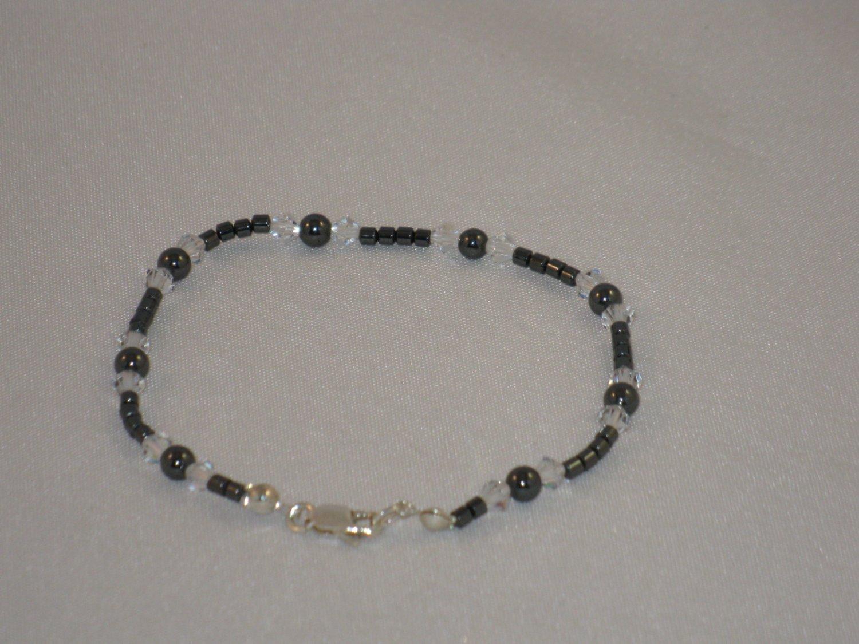Hemalyke & Swarovski Crystal Bracelet - T210B
