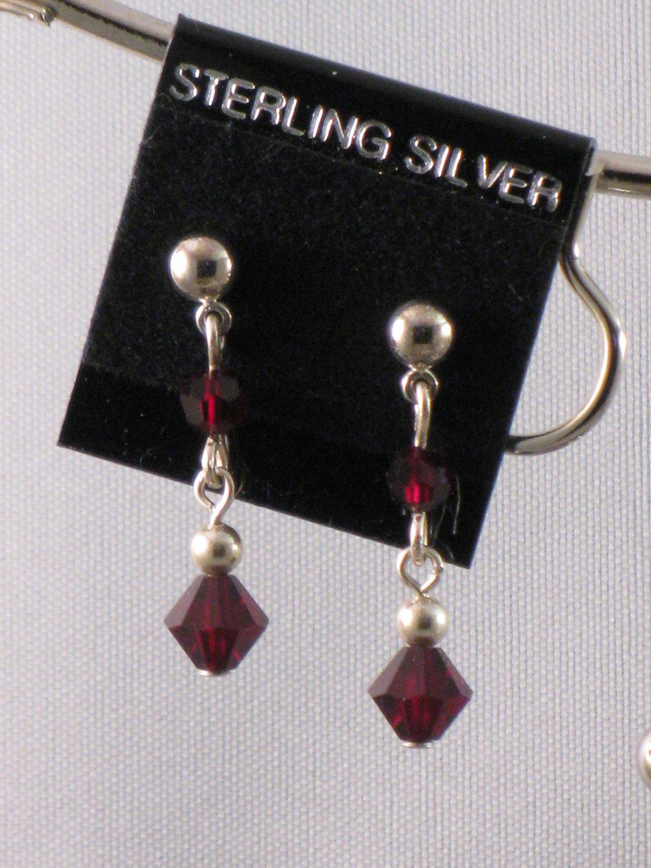 Garnet-colored Swarovski crystal Earrings - S134C