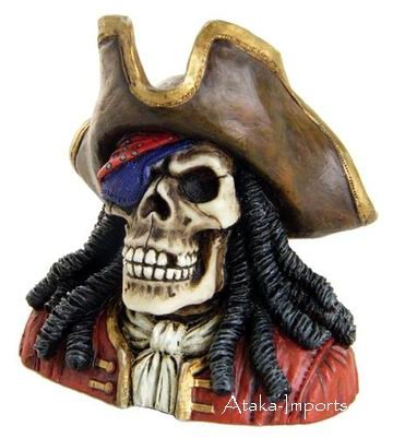 PIRATE-BUCCANEER SKULL-SKELETONS FIGURINE-STATUE-HALLOWEEN (6384)