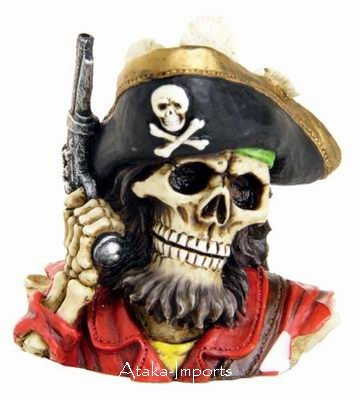 PIRATE w GUN FIGURINE-BUCCANEER-COOL-BIZARRE-NEAT-HALLOWEEN (6385)