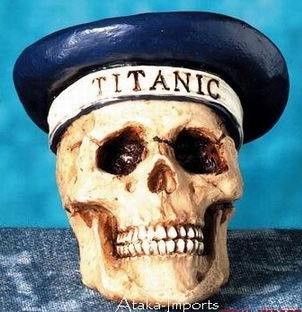 TITANIC CAPTAIN HUMAN SKULL-SKELETON HEAD BIZARRE (4386)