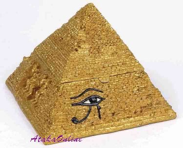 EGYPTIAN GREAT PYRAMID ASHTRAY-TRINKET BOX (6466)