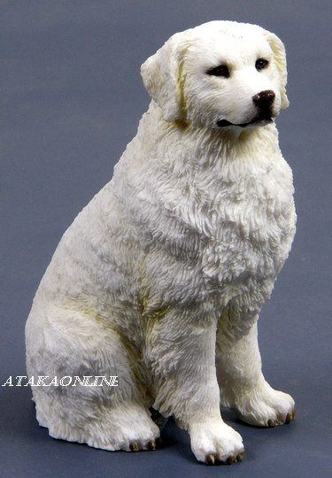 GREAT PYRENEES DOG FIGURINE (6559)