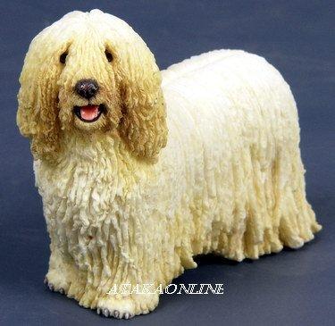 KOMONDOR DOG FIGURINE-HUNGARIAN KOMONDOR-HUNGARIAN SHEEPDOG (6540s)