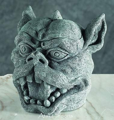 GOTHIC-GARGOYLE ASHTRAY-CONTAINER-FIGURINE-NEAT-COOL (5693)