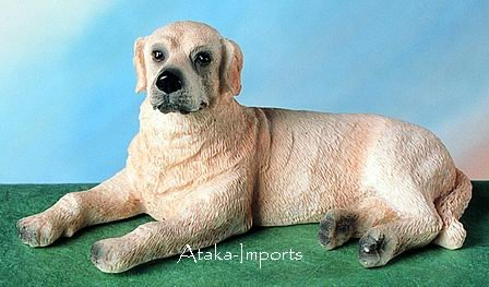 YELLOW LABRADOR DOG FIGURINE (4775)