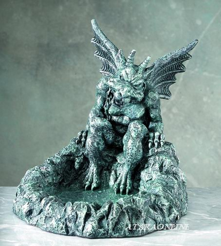 GARGOYLE ASHTRAY-GOTHIC (5135)