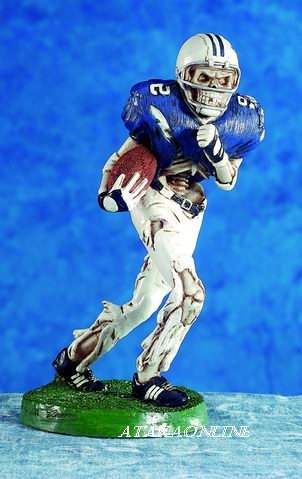 FOOTBALL SKELETON-FIGURINE-STATUE-SPORT-HALLOWEEN (5360)