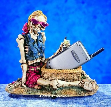 MOBILE PHONE HOLDER W WOMAN SKELETON-FIGURINE-STATUE-BIZARRE-HALLOWEEN (5242)