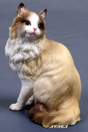 RAGDOLL CAT FIGURINE (6575)