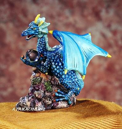 BLUE DRAGON HOLDING ORB-FIGURINE-STATUE (5198s)