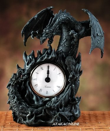 BATTLING DRAGONS-CLOCK-STONE LIKE (5979)