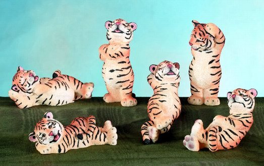 SET OF 6-TIGER CUBS-FIGURINES-DISPLAY-FUN (5560)