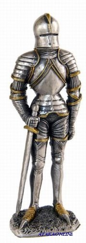 MEDIEVAL WARRIOR W SWORD-PEWTER-FIGURINE (6266)