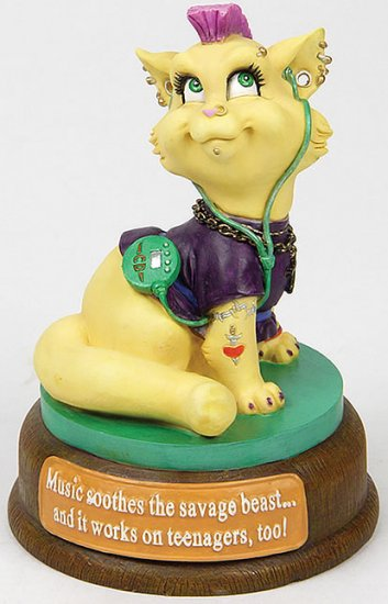 TEENAGER CAT-CUTIE-FIGURINE (6552)
