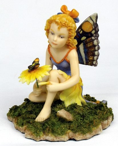 LITTLE FLUTTER FAIRY-FIGURINE-STATUE (6681)