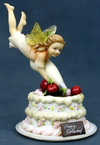 LITTLE BIRTHDAY FAIRY-FIGURINE-STATUE (6779)