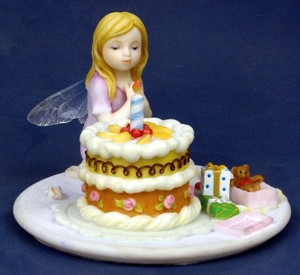 LITTLE BIRTHDAY FAIRY-FIGURINE-STATUE (6780)
