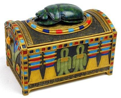 EGYPTIAN JEWERLY BOX W SCARAB-FIGURINE-STATUE (6769)
