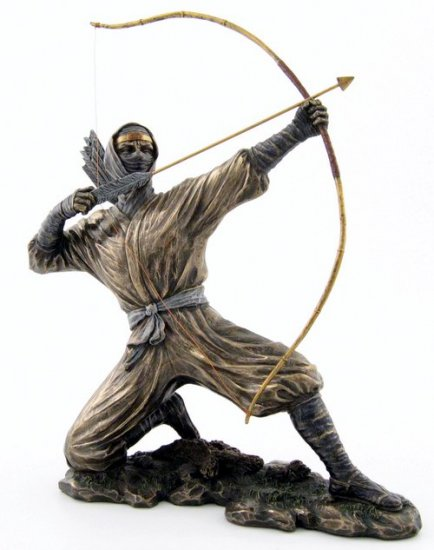 JAPANESE NINJA WARRIOR BRONZE LIKE STATUE-FIGURINE (6874)