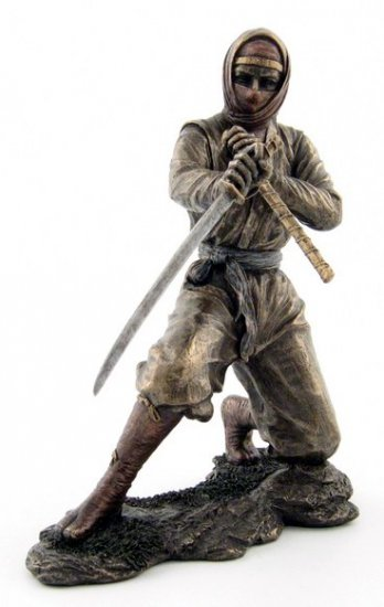 JAPANESE NINJA WARRIOR BRONZE LIKE STATUE-FIGURINE (6877)