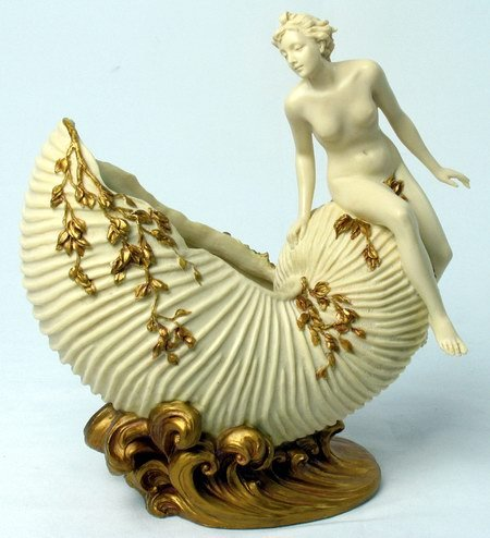 ART NOUVEAU JEWELRY DISH WITH NUDE LADY ON SEASHEL (6929)
