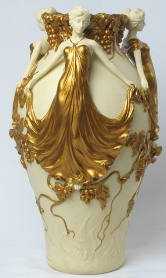 ART NOUVEAU VASE WITH THREE LADIES GOLDEN (6938)