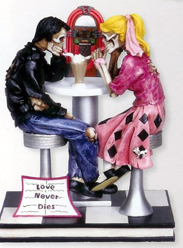 DATING SKULL COUPLE FIGURINE/STATUE CAKE TOPPER (7381S)
