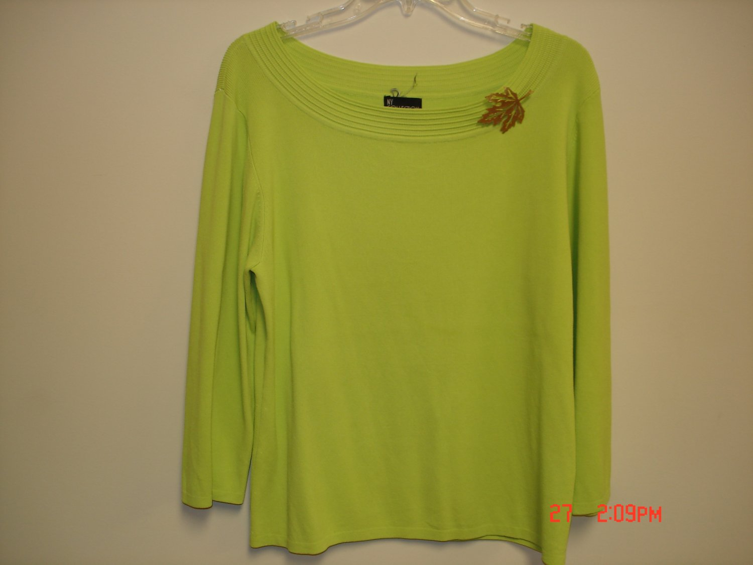 Sweater Blouse with Brooch, Size XL
