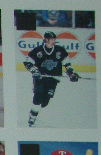 Wayne Gretzky Very Rare Error Card Investor's 1/3? Foil NM-MT Expertly cut