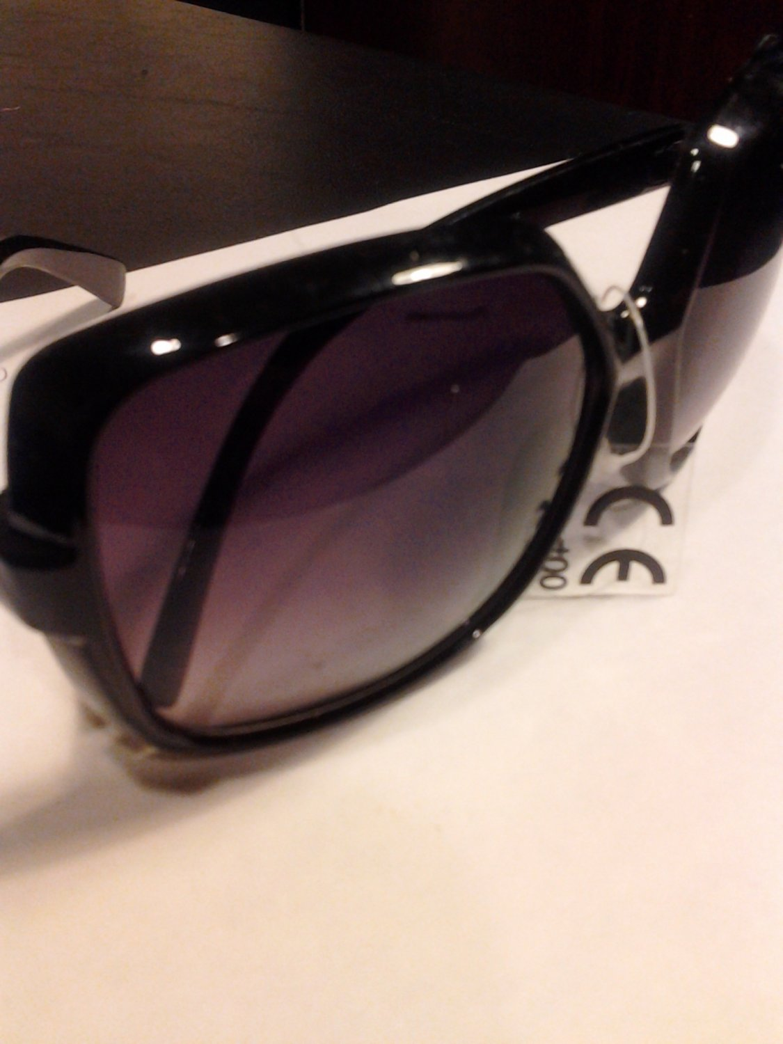 Brand New Beautiful Black UV Square Sunglasses