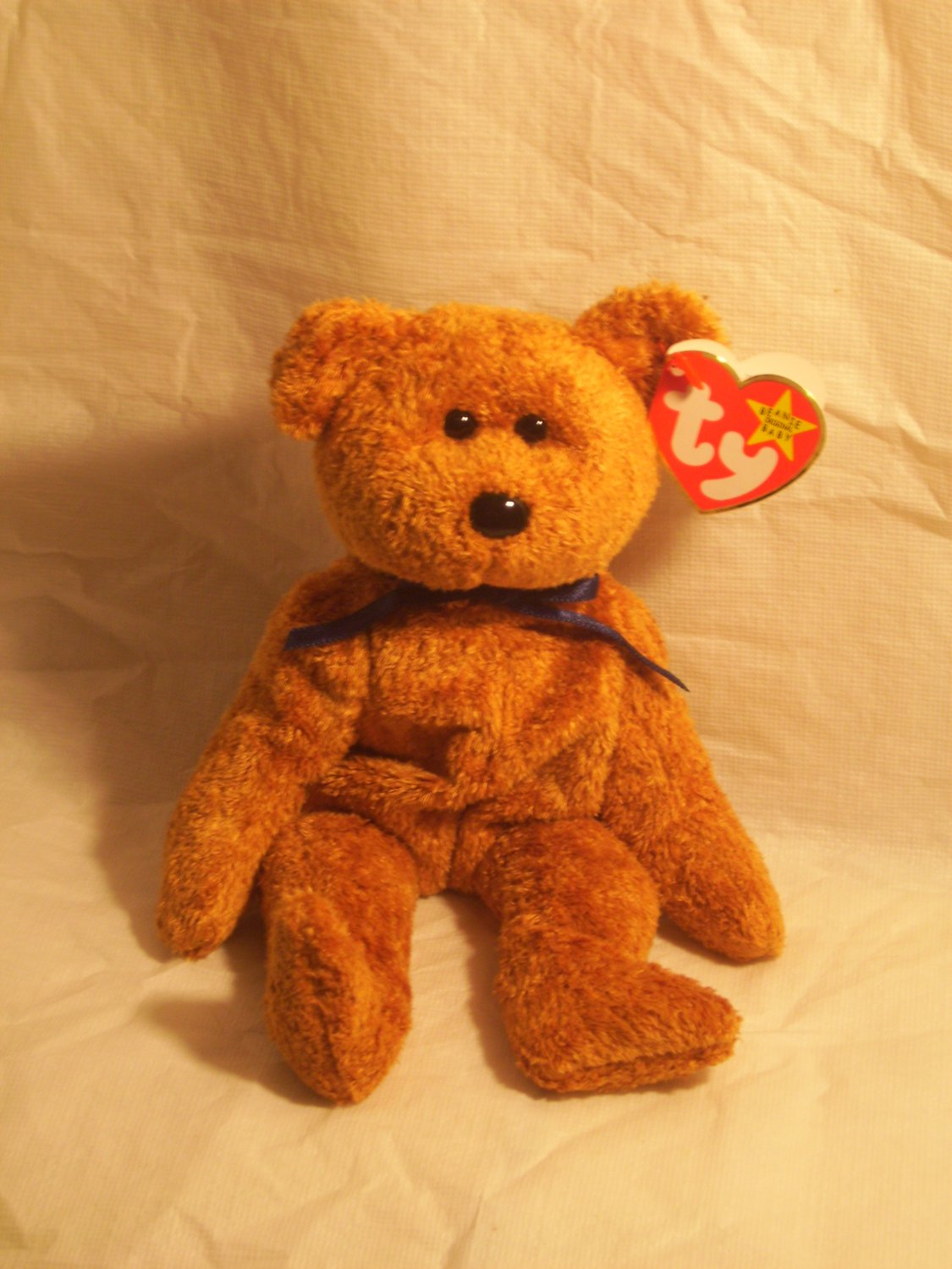 "FUZZ ""the bear""**RETIRED**Ty beanie baby"