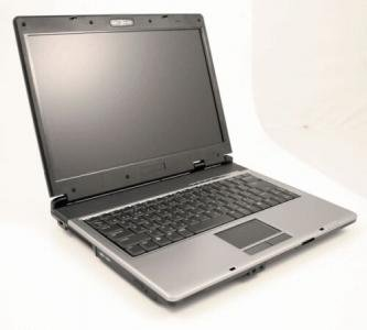 Asus Z62Fm notebook laptop Core 2 Duo Merom T5500 100GB 1GB DVD