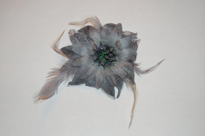 """5"""" Dark Grey Glitter Feather Flower with Berries Clip & Hair Tie"""