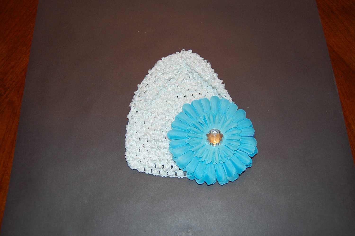 "Crocheted White Hat with 4"" Daisy with Fluffy Turquoise Flower"