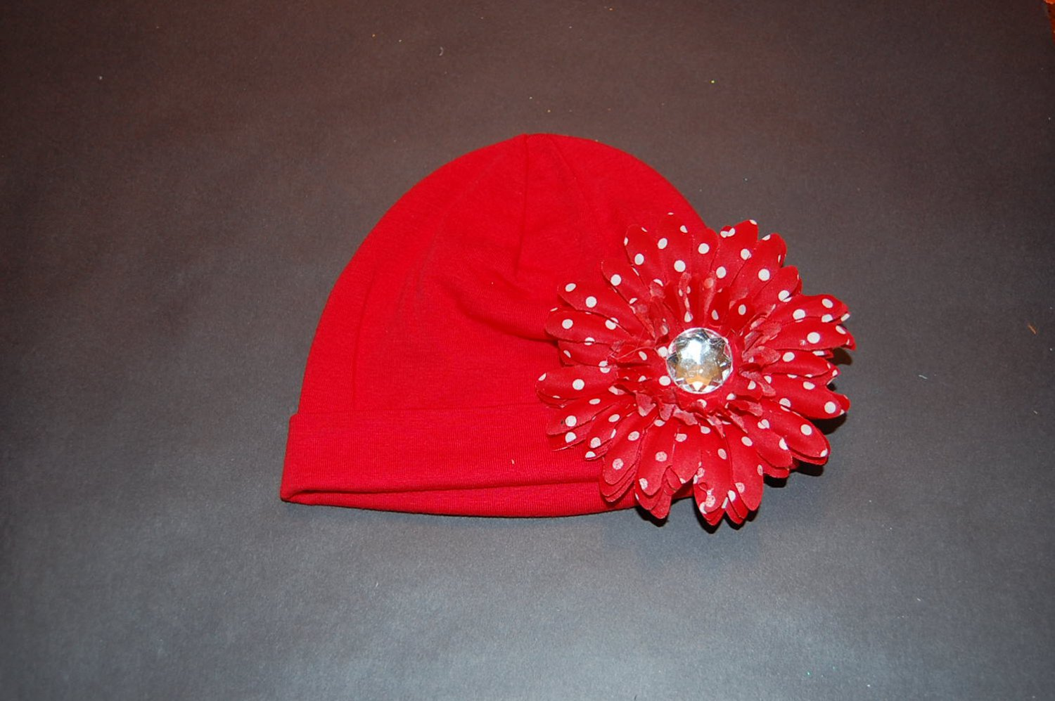 """Cotton Red Hat with 4""""Red Fluffy Daisy"""