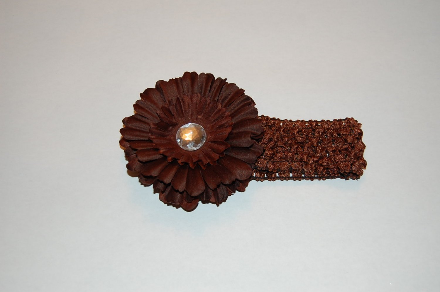 """4"""" Daisy,Crocheted Band Brown/Brown"""
