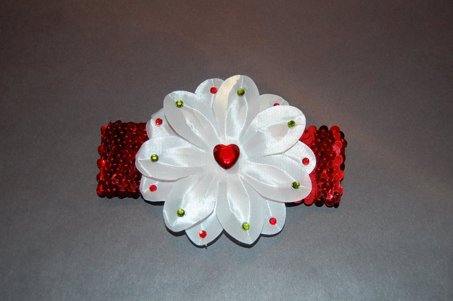 "4.5"" Tropical Lilly with Embellishments, Sequinned Headband-white/Red"