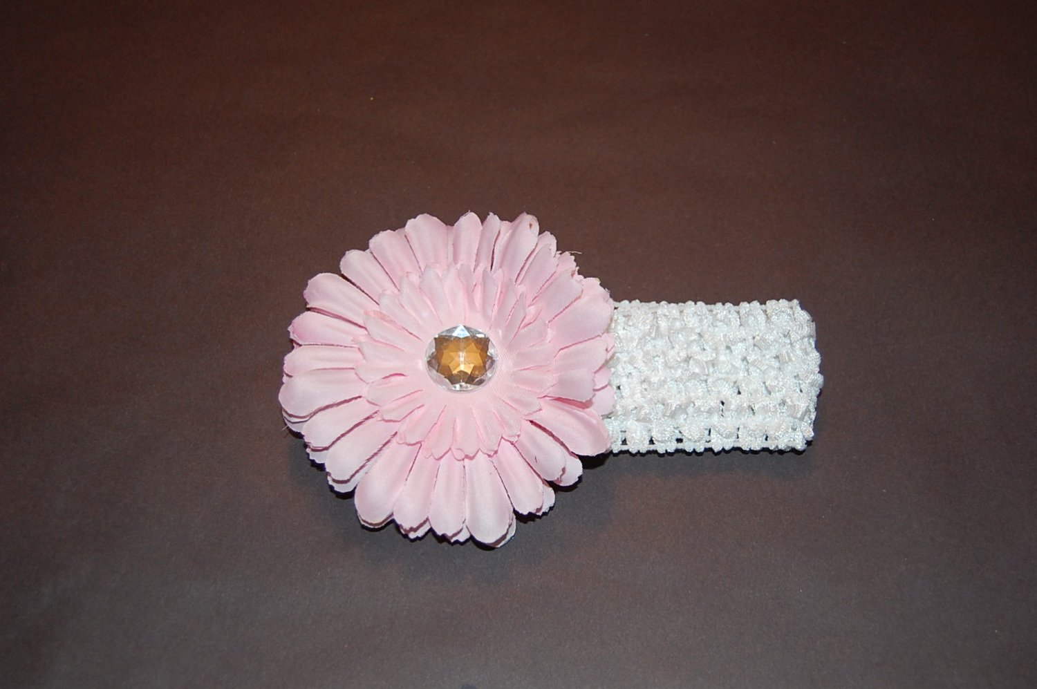 "4"" Flat Daisy, Crocheted Headband, Pink/White"