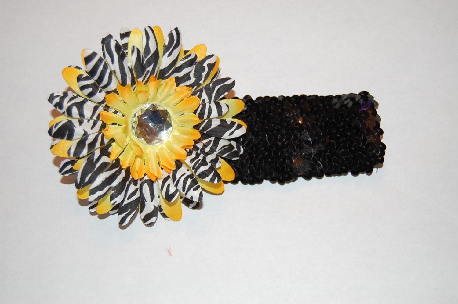 "4"" Layered Zebra Daisy, 2"" Sequined Headband, Yellow Zebra/Black"