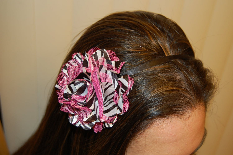 Hard Headband, Satin Finish, Satin Mesh Flower, Pink Zebra/ Black