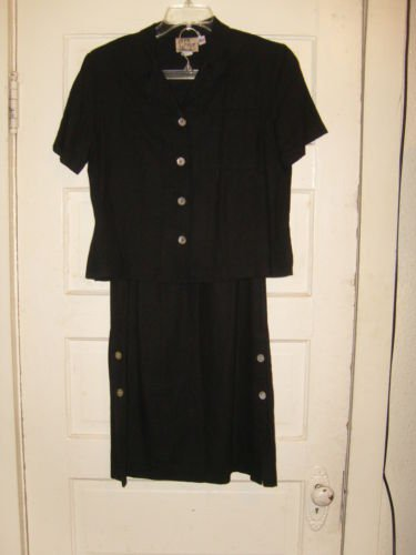 WOMENS GLEN COVE SKIRT SET SIZE S VERY CUTE