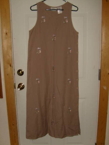 WOMENS ERIKA DRESS SIZE S VERY CUTE