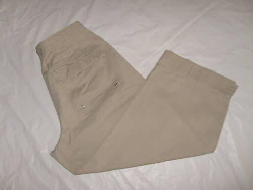 WOMENS AUSTIN CLOTHING CO  CAPRIS SIZE 10 VERY CUTE