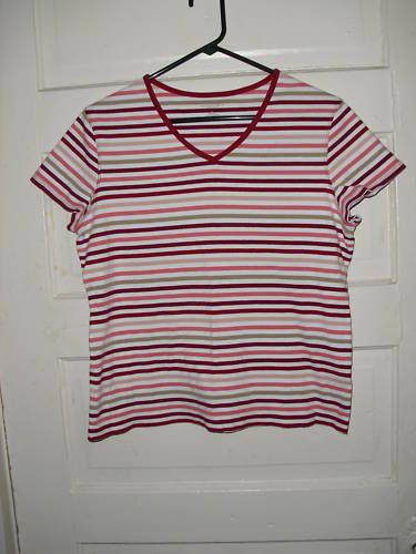 WOMENS SONOMA TOP SIZE L VERY CUTE